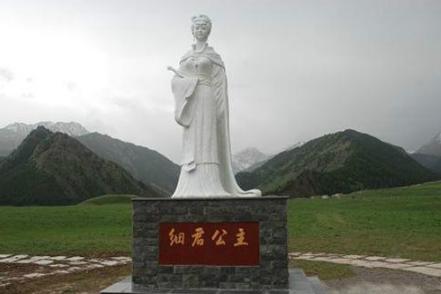 乌孙公主刘细君去往异邦和亲之后怎么样了