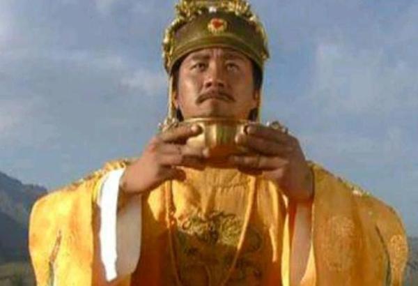 史上最惨帝王!头骨被雕成酒杯 后人使用80年才还于墓中