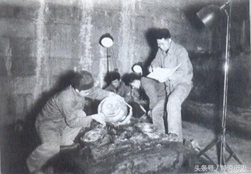 一农民不小心炸飞一墓门 发现500万吨珍宝 考古专家乐坏了
