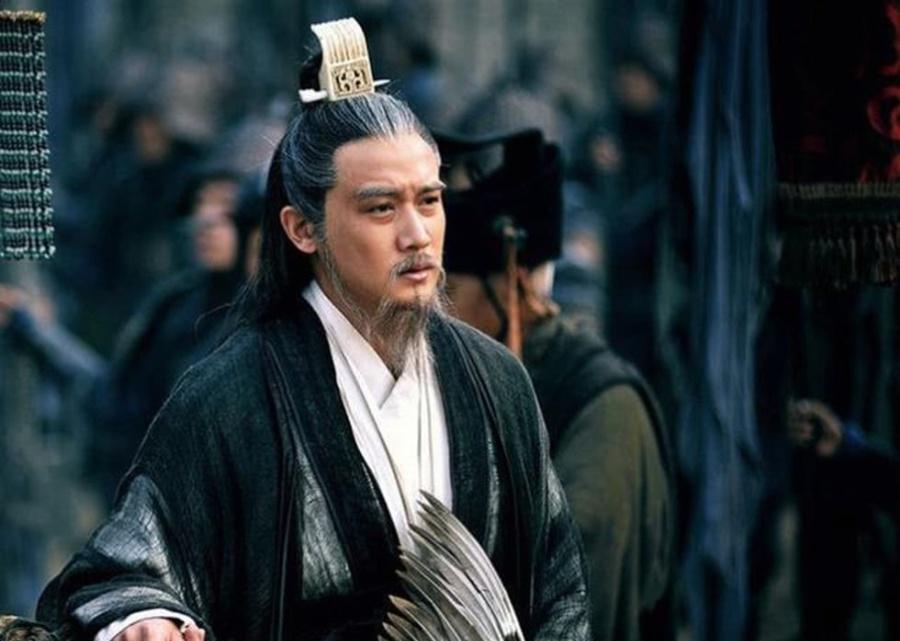 刘备为何选择在成都称帝