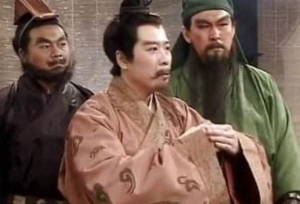 这两人武艺不输吕布关羽为何得不到刘备重用