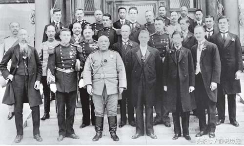 """一胖老头提笔写下几字 将日本对中国""""阴谋""""抹去 领土一片不少"""