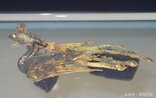"""雍正朝唯一穿龙袍下葬的女眷 死后二百年却""""尸体游街""""龙袍被抢"""