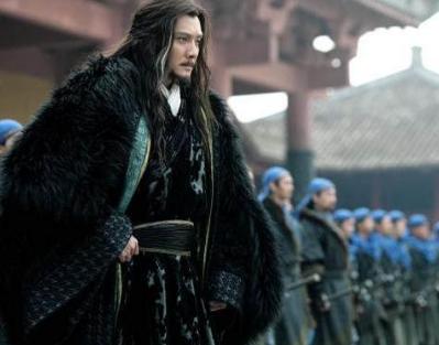 他打不过项羽选择投降 为什么不打过刘邦却自杀了呢