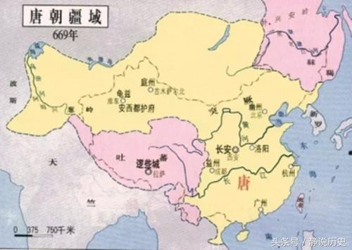 一中国外交官借兵七千 俘获邻国三万敌军 一人灭了一国