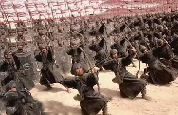 史上最强帝国拥有100万大军 却被人三年灭了 皇帝死得凄惨!